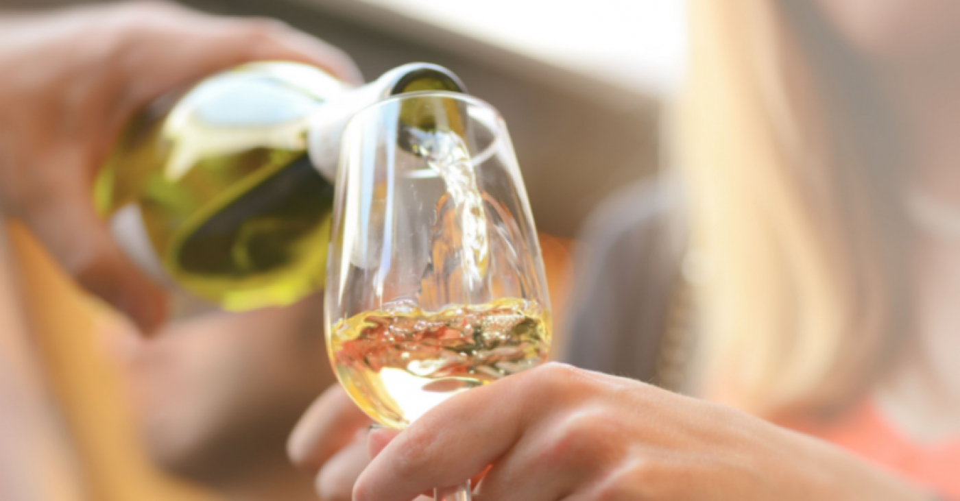 The Ten Best Italian White Wines: A Beginner's Guide