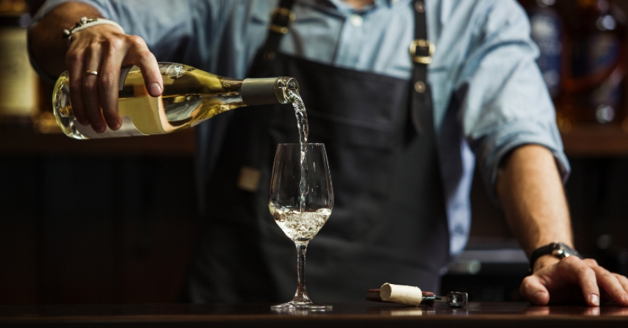 The Ten Best French White Wines: A Beginner's Guide